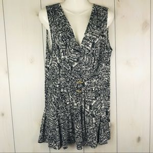 Liz Lange Black & White Sleeveless Dress PL